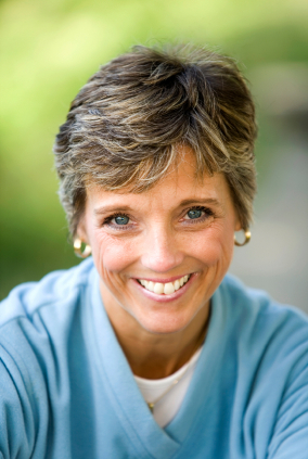 mature-female-health smile